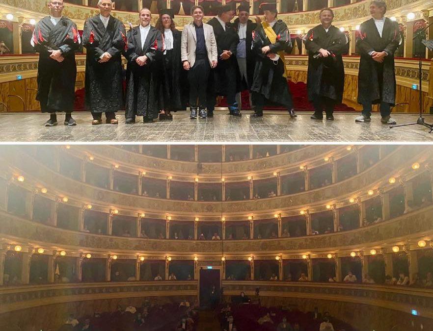 Bellissima cerimonia di proclamazione dei neolaureati alla Scuola di Architettura e Design!
